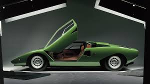 crashed lamborghini countach video delivers 13 minute crash course of lamborghini history