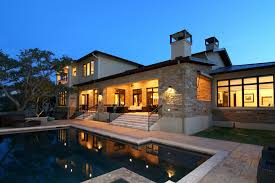elegant natural stone exterior wall applied in this modern home
