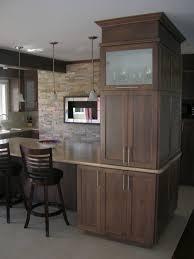 cuisine merisier 0103 aménagement cuisine portes de merisier teint comptoir de
