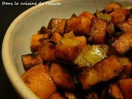cuisiner patate douce poele poêlée de patates douces et amandes effilées au curry dans la