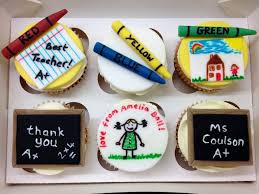 best 25 teacher cupcakes ideas on pinterest snow white cupcakes