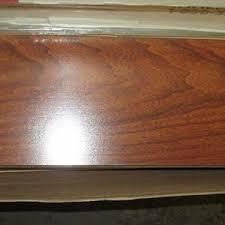 Mahogany Laminate Flooring Flooring Pergo Mahogany Laminate Flooring For Fabulous Entryway