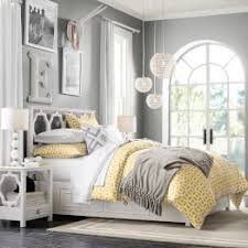 Light Colored Bedroom Furniture Color Combination Is Pretty Light Yellow Bedding And Grey Walls