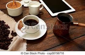 petit d駛euner au bureau lumière table petit déjeuner bureau servi petit gâteau