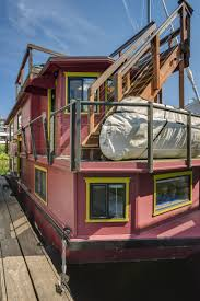 5 Bedroom Houseboat Get Out On The Water In This Two Bedroom Eastlake Houseboat