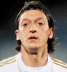 mesut ozil hair style mesut ozil hairstyle 2012 hairstyles pictures