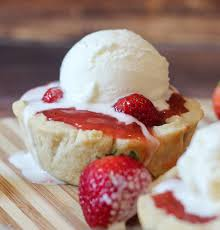 cuisine a la mode mini fresh strawberry pies a la mode cake bakeware