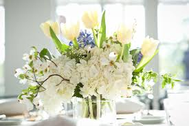 white tulip and hydrangea centerpiece elizabeth anne designs