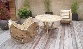 costruire sedia a dondolo costruire una sedia a dondolo con una bobina di cavo di