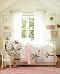 Vintage Small Bedroom Ideas - inspiring attic bedroom ideas for teenage girls with vintage theme