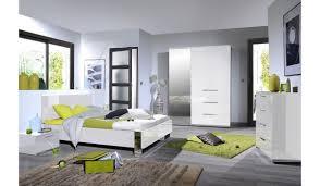 chambre a coucher blanc laqué chambre à coucher blanc laqué chrome novomeuble
