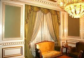 tende con drappeggio tende classiche salone free classiche tende eleganti per