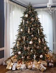theme tree how to assemble an artificial christmas tree balsam hill