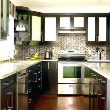 picking kitchen cabinet colors choosing cabinet color choosing your kitchen colors picking kitchen