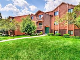 broadmoor country club apartments merrillville in 46410