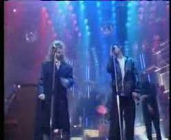 the pogues u0026 kirsty maccoll fairytale of new york totp youtube