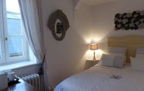 chambre à l heure chambre d hôtes a l heure douce à moulins allier chambre d hôtes