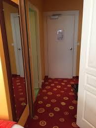 odeur chambre chambre vieillissante odeur tabac salle de bains vétuste photo