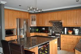 cuisine et comptoir comptoirs en granite de différentes couleurs les artisans du granit