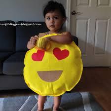emoji costume 6 diy costume ideas to try