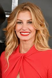 Faith Hill When The Lights Go Down 24 Of The Best Beauty Looks At The Grammys Beautyeditor