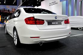 bmw announces 320i and 320i xdrive for u s market priced at 33 445