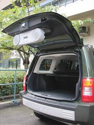 jeep patriot speakers jeep patriot tailgate open with speakers lowered