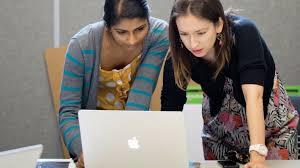 design management careers design management degrees become a creative director design