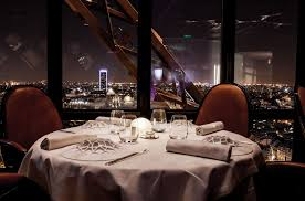 restaurant la cuisine 10 amazing restaurants with the best views in luggage