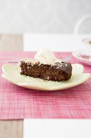gluten free quinoa cake minus sugar and add cashew cream paleo