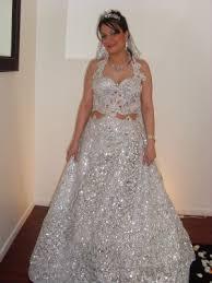 location robes de mari e location de robe de mariée entièrement brodée scintillant de
