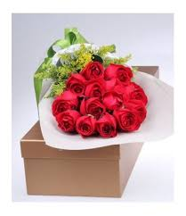 roses in a box 12 roses in a box send to philippines philippinesflora