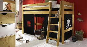 kinderzimmer pirat komplettes kinderzimmer pirat mit hochbett aus massivholz