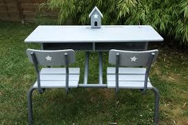 relooker un bureau en bois un nouveau regard nouveau relooking d un bureau d écolier en bois