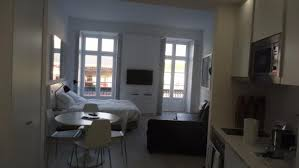 chambre hello chambre et portes fenêtres picture of hello lisbon rossio