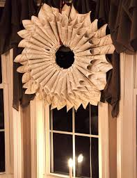 Christmas Window Decorations Homemade by 50 Amazing Christmas Wreath Decorating Ideas 2016 Christmas