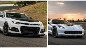 camaro zl1 vs corvette zr1 2017 corvette zo6 vs 2018 camaro zl1 1le