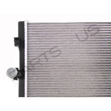 holden commodore vz 04 06 v8 ls1 ls2 ss alloy core radiator 6 0l