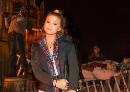 emily osment u0026 olivia holt hang at halloween horror nights u2013 popstar