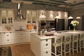 idea kitchens i like these cabinets especiallly the part the frig even the