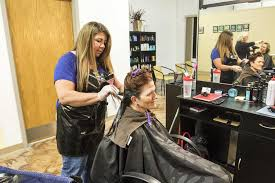 new law requires salon workers in illinois get domestic violence