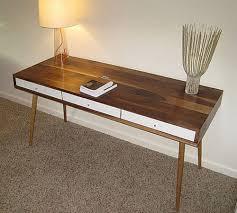 Modern Walnut Desk Modern Walnut Desk Jpg 500 450 Pixlar Skrivbord Pinterest