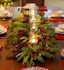 Christmas Decorations For The Dining Table by Best 25 Christmas Table Centerpieces Ideas On Pinterest