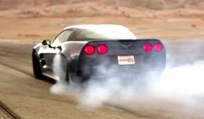 corvette zr1 burnout corvette zr1 beats the srt viper in burnout test