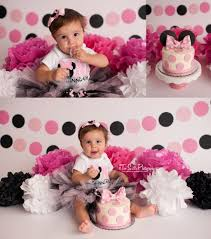 Pink And Black Minnie Mouse Decorations Two Sisters Photography Cake Smash Sessions Minnie Mouse Minnie