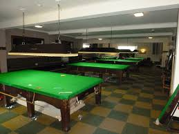 Stretching Table by Table Gcl Billiards