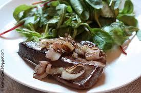 cuisiner le foie de veau recette de foie de veau poêlé sauce à l échalote recettes