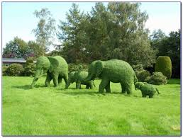 Elephant Topiary Green Animals Topiary Garden Newport Garden Home Design Ideas