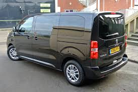 peugeot traveller business peugeot squares up to vw with aptly named traveller the furious