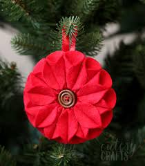 poinsettia felt christmas ornament diycandy com